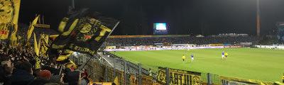 Gästeblock im Merck-Stadion am Böllenfalltor in Darmstadt